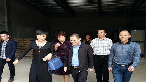 Hunan Ningyuan County leaders visited Hongshang Ski Resort to visit and guide